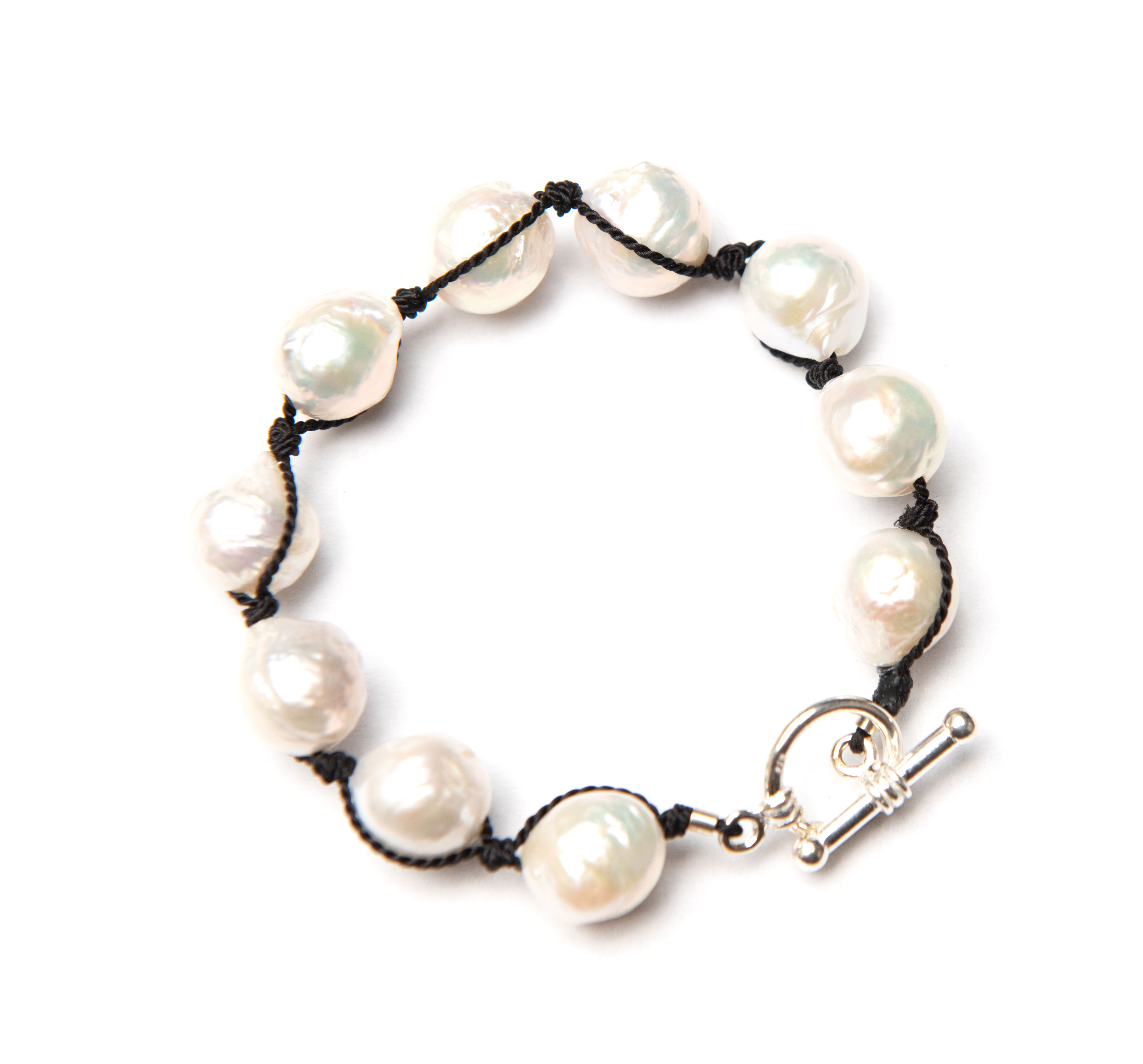 Baroque Pearl Bracelet White / Sterling Silver Toggle Closure